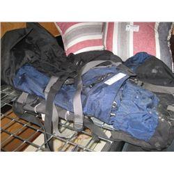 BACKPACKING BAG