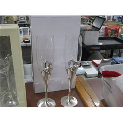 CRYSTAL HEART CHAMPAGNE GLASSES