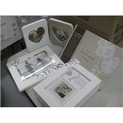 SET OF 4 ASSORTED PICTURE FRAMES