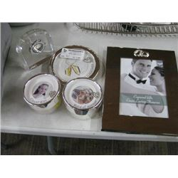 ASSORTED PICTURE FRAMES, TRINKET BOX AND DECORATIVE CLOCK