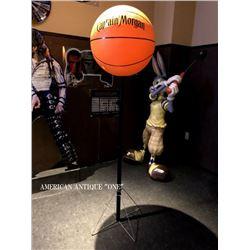 Basketball/Display Captain Morgan 177cm