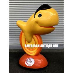 Goldfish / USA serial figure
