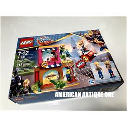2016 DC Comics Harley Quinn / Super Hero Girls Lego