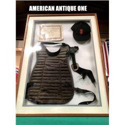 1996  Gilbert Leonard (Robert De Niro) chest protector, baseball cap certificate