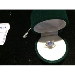 10K TANZANITE (0.75CT) DIAMOND (0.05CT) RING