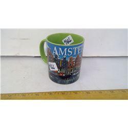 "1992 AMSTERDAM GREEN CAFÉ SOUVENIR COFFEE MUG - DIAMETER 3"" X HEIGHT 4"""