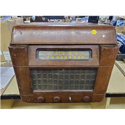 STROMBERG CARLSON RADIO/RECORD PLAYER