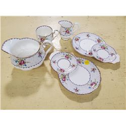 ROYAL ALBERT (PETIT POINT CHINA) SET
