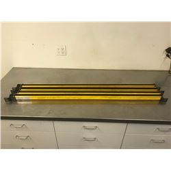 (4) ALLEN BRADLEY T4K1280YD & R4K1280YD LIGHT CURTAIN