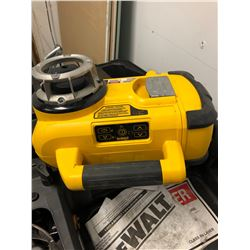 Dewalt DW079 Laser level - self levelling