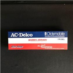 Ertl Warren Johnson AC Delco Pro Stock Transporter 1:64 Oldsmobile