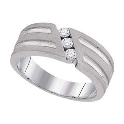 1/4 CTW Mens Round 3-Stone Diamond Textured Groove Wedding Ring 10kt White Gold - REF-35W9F
