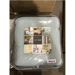 Madison Park Queen Size Bedspread Set