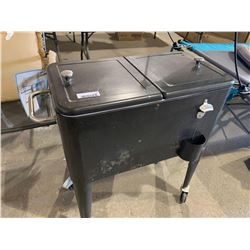 Portable patio cooler with wheels