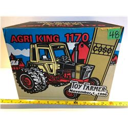 CASE AGRI KING 1170 DIE-CAST TRACTOR - TOY FARMER
