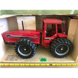 INTERNATIONAL 6388 2+2 DIE-CAST TRACTOR