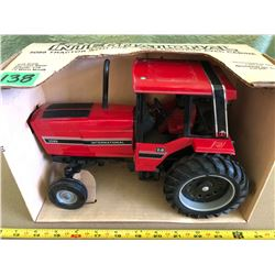INTERNATIONAL 5088 DIE-CAST TRACTOR
