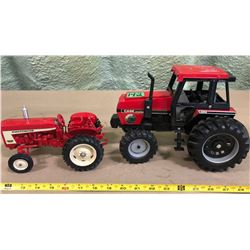 INTERNATIONAL 606 & 3294 DIE-CAST TRACTORS