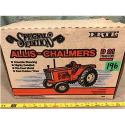 ALLIS-CHALMERS D 21 DIE-CAST TRACTOR