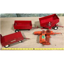 GROUP OF FARM WAGONS - SOME FOR PARTS