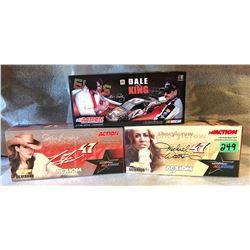 3 X DALE EARNHARDT / TONY STEWART / MICHAEL WALTRIP MODEL STOCK CARS.