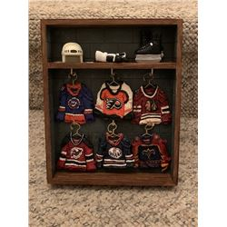 LOT OF 6 NHL MINI JERSEY HANGERS W/ DISPLAY CASE