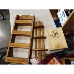 2 WOOD SPICE RACKS AND WOOD BOX
