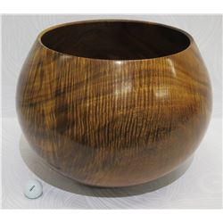 Very Large Curly Koa Wood Bowl, Artist Robert W. Butts, Approx. 13  Dia (top), 14.5  Tall