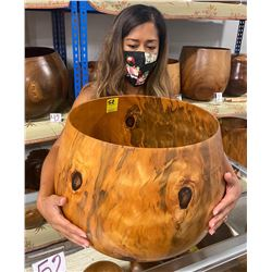 Very Large Norfolk Pine Wood Bowl, Artist Pat Kramer, Approx. 15  Dia, 14  Tall (has cracks on one s