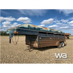 1989 REAL INDUSTRIES T/A LIVESTOCK TRAILER