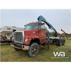 FORD 800 T/A BOOM TRUCK *PARTS