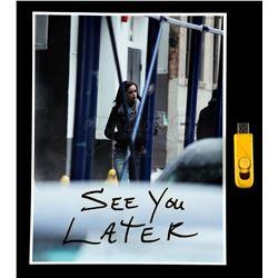 Marvel's Jessica Jones (TV Series) - Kilgrave's 'See You Later' Photo and Flash Drive