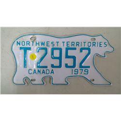 NORTHWEST TERRITORIES T2952, 1979 LICENSE PLATES