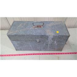 GALVANIZED TOOK BOX W/ INSIDE TRAY