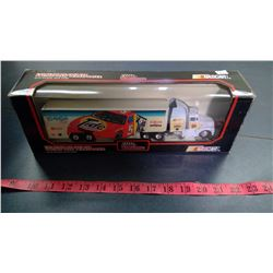 RACING CHAMPIONS 1:64 SCALE DIECAST CAB