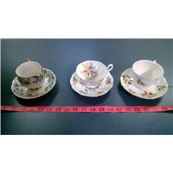 3X CHINA TEACUPS AND PLATES