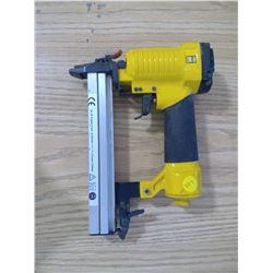 POWER FIST 18 GAUGE STAPLE GUN