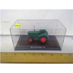 1:64 SCALE DIE CAST OLIVER TRACTOR