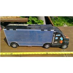 TOY SEMI WITH STORAGE FOR MATCHBOX CARS