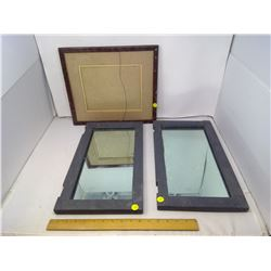 2 MIRROS AND PICTURE FRAME