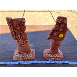 WOODEN LOVER STATUES - CHILE