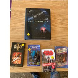 STAR WARS EPISODE 1 AND BOOKS