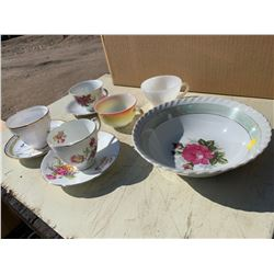 CHINAWARE - 5X TEACUPS, SAUCERS (3), AND BOWL