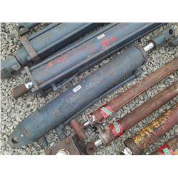 """1565___1 -- hydraulic cylinder 4 1/2"""" OD x 44"""" long"""