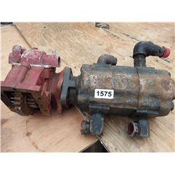 1575___1 -- hydraulic pump & gear assembly