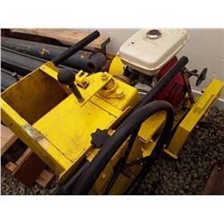1596___1 -- concrete floor saw - Honda motor