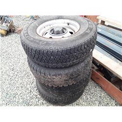 """1597___4 -- 15"""" Jeep M&S tires 30x9.4T LT load range B & rims"""