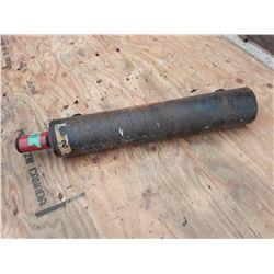 """1610___1 -- Hydraulic cylinder 3"""" x 18"""""""