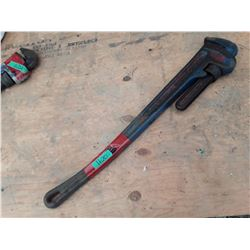 """1620___1 -- 36"""" pipe wrench"""