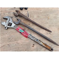 """1641___24"""" Cresent wrench & Open End Wrench"""